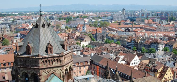Immobilier strasbourg une ville conomique dynamique for Piscine de strasbourg